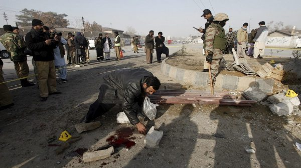 Пакистан: 10 человек погибли после взрыва возле храма Суфи в Лахоре